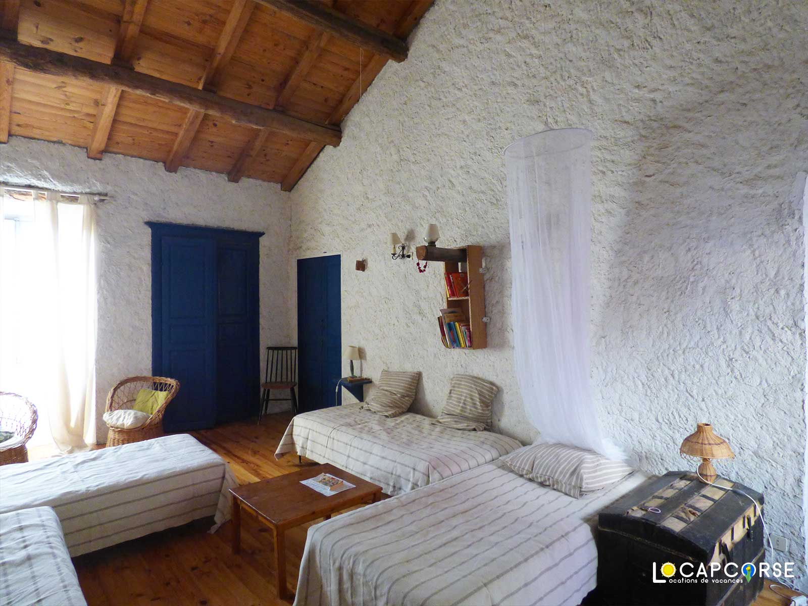 Locations Cap Corse - La chambre n°2 « dortoir » aux 4 lits simple